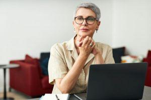 熟女専門サイトを含めた出会い系サイト規制法にある登録誘引情報提供機関